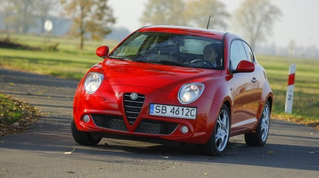 MiTo to jedyna współczesna Alfa Romeo, która – przynajmniej w bazowych wersjach – jest wyjątkowo tania w eksploatacji. /Motor
