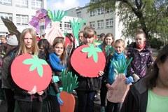 Mleko, banany i marchewka przeszły ulicami Chorzowa