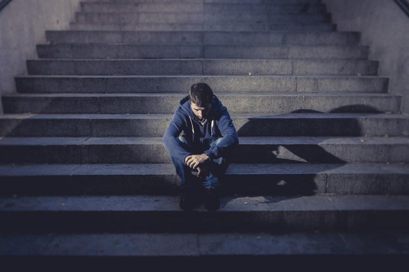 Młodzi ludzie mają poważne problemy /123RF/PICSEL