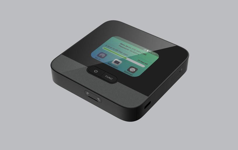 Mobilny Router ZTE MF990 /materiały prasowe