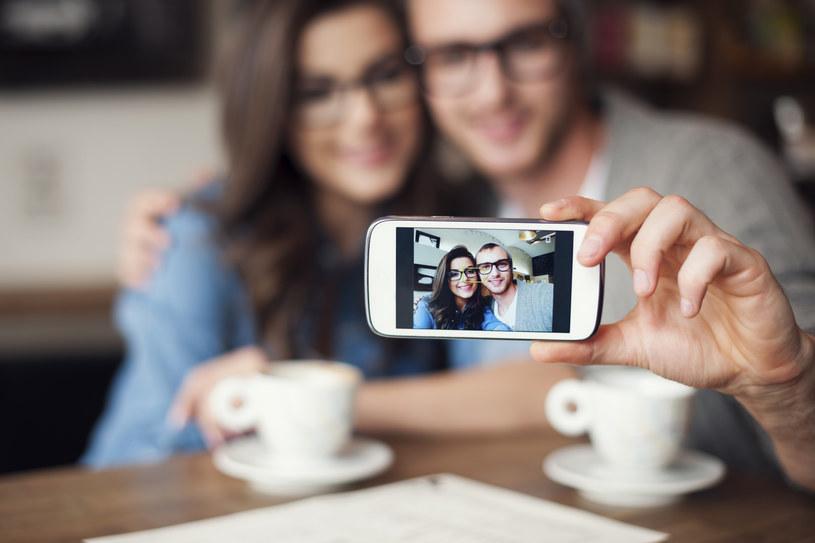 Moda na selfie /materiały prasowe