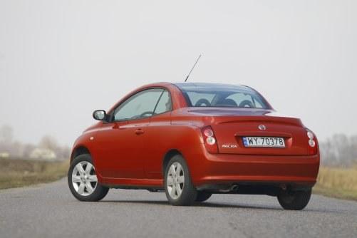 Model Coupe+Cabrio trafił do produkcji seryjnej w roku 2005, konkurując głównie z Peugeotem 206 CC. /Motor