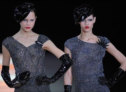 Modelki w czasie pokazu /AFP