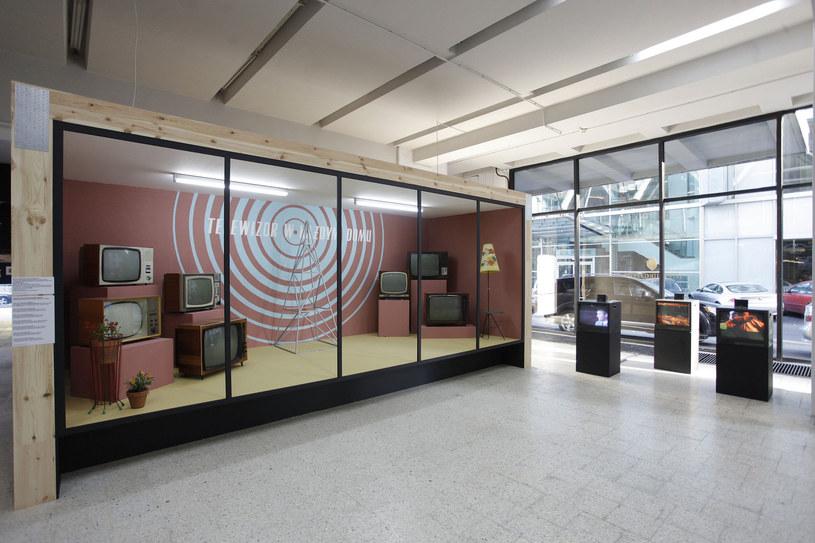Modernistyczne pawilony idealnie sprawdzają się jako przestrzenie wystawiennicze /Matloch/Reporter /East News