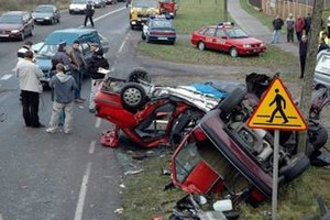 """""""Modyfikujemy"""" przepisy kodeksu drogowego"""