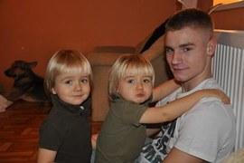 moich trzech muszkieterów i w tle  Mała czyli duża suka,którą nawet ja musiałam pokochać :))