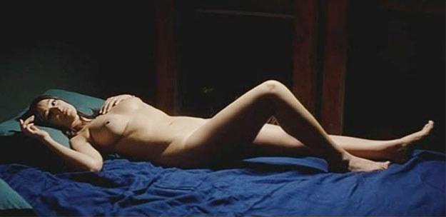 "Monica Bellucci w filmie ""Un été brulant"" /materiały dystrybutora"
