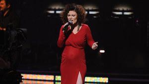 Monika Urlik śpiewa nowonarodzonej córce