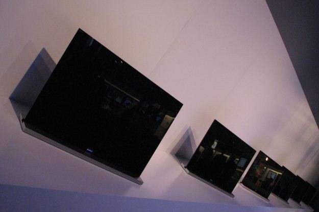 Monolithic Design nowych telewizorów Sony rzeczywiście prezentuje się świetnie /INTERIA.PL