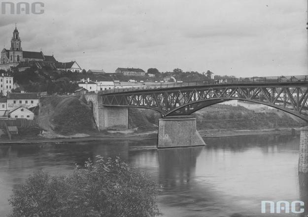 Most im. Marszałka Józefa Piłsudskiego na Niemnie pod Grodnem /Z archiwum Narodowego Archiwum Cyfrowego