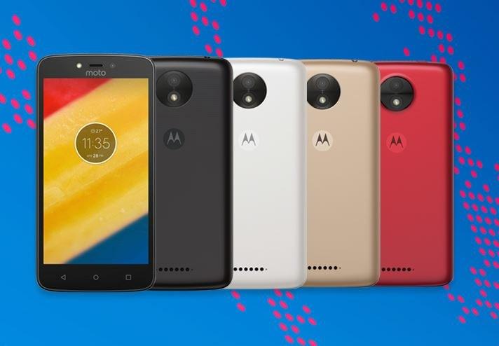 Moto C to telefon o podstawowych możliwościach /materiały prasowe