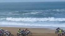 Motocross na plaży. 600 motocykli zagłuszyło łoskot fal