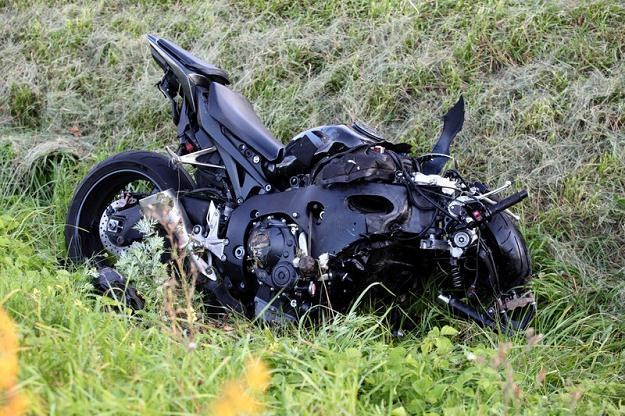 Motocykl Wałęsy po wypadku / Fot: Przemysław Szyszka /Agencja SE/East News