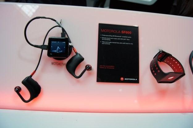 Motorola SF600 to bezprzewodowy zestaw słuchawkowy do ACTV /INTERIA.PL