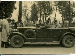 Motoryzacja w Polsce w pierwszych latach po odzyskaniu niepodległości