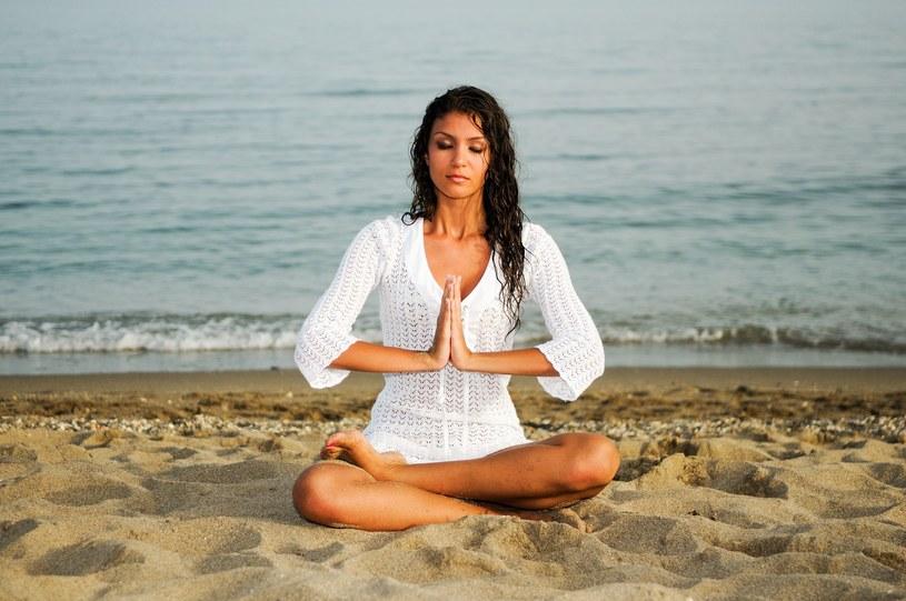 Może zdecydujesz, że warto być joginką /©123RF/PICSEL