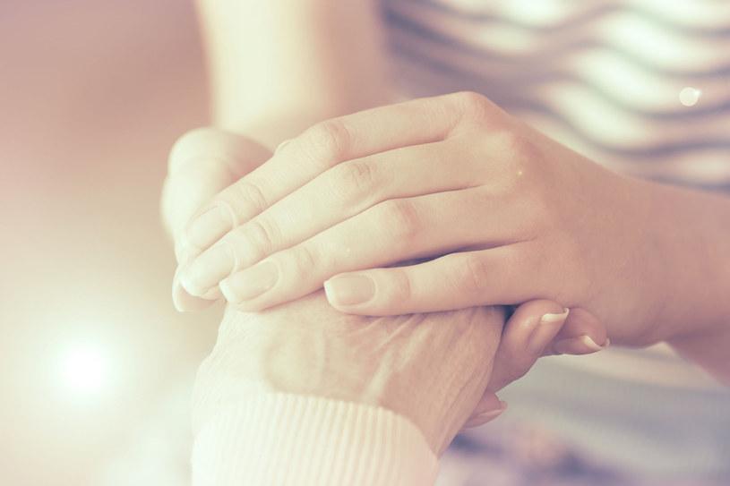 Możemy leczyć ból, możemy dać pacjentowi poczucie bezpieczeństwa... /©123RF/PICSEL