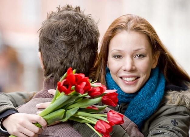 Możesz czekać na kwiaty od ukochanego, albo pójść z koleżankami potańczyć