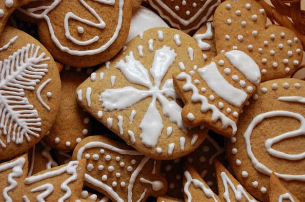 Możesz ozobić je lukrem, czekoladą albo kolorową masą marcepanową  /© Panthermedia