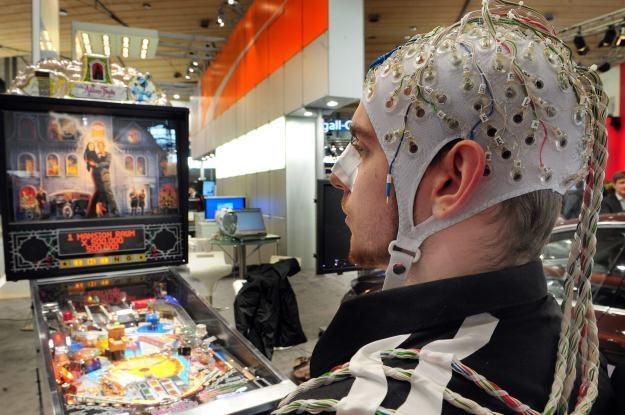 Mózg zamiast myszki i klawiatury - to coraz bardziej realna wizja /AFP