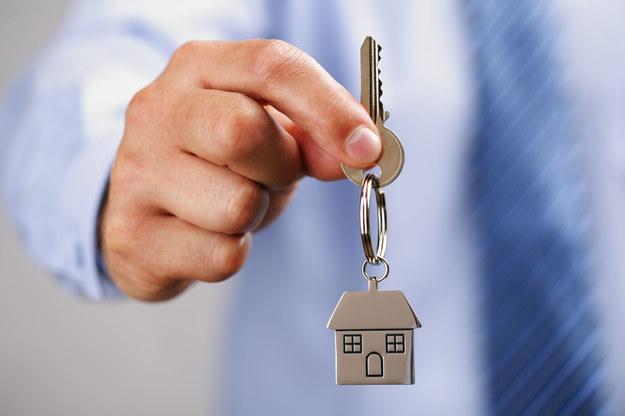 Możliwe jest przekształcenie mieszkań lokatorskich tylko w odrębną własność. /123/RF PICSEL