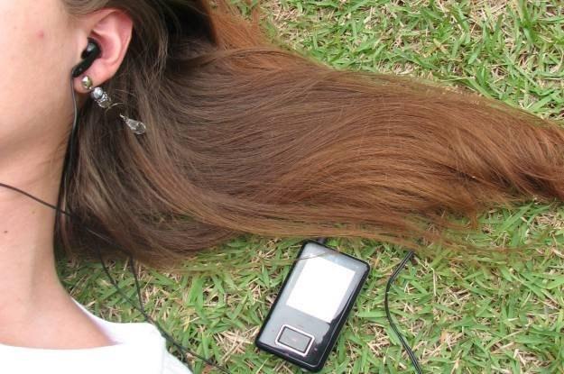 MP3 zrewolucjonizowało muzykę, ale są standardy zapisu lepsze, niż MP3   fot. Camila Schnaibel /stock.xchng