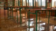 Mróz odwołał lekcje w szkołach