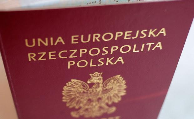 MSWiA wycofa się z wprowadzenia do nowego paszportu motywów z Litwy i Ukrainy