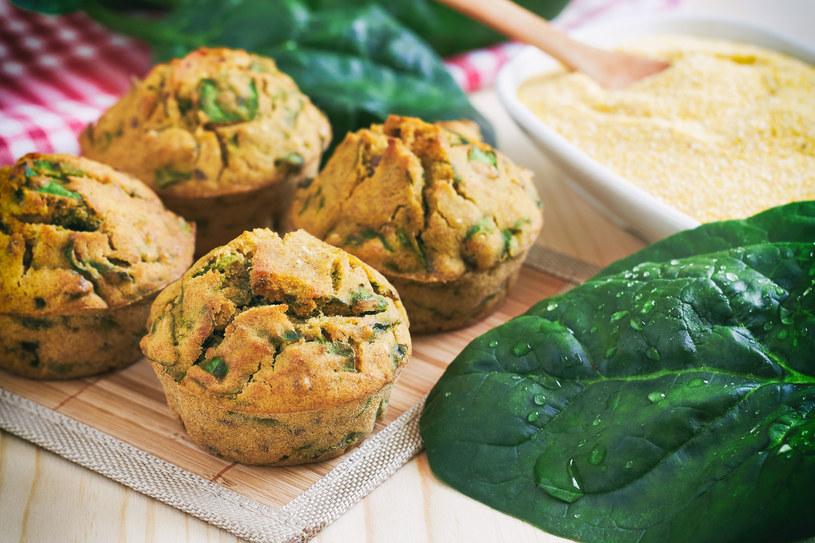 Muffinki ze szpinakiem /123RF/PICSEL