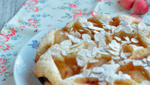 Multicooker: Cynamonowe ciasto z jabłkami