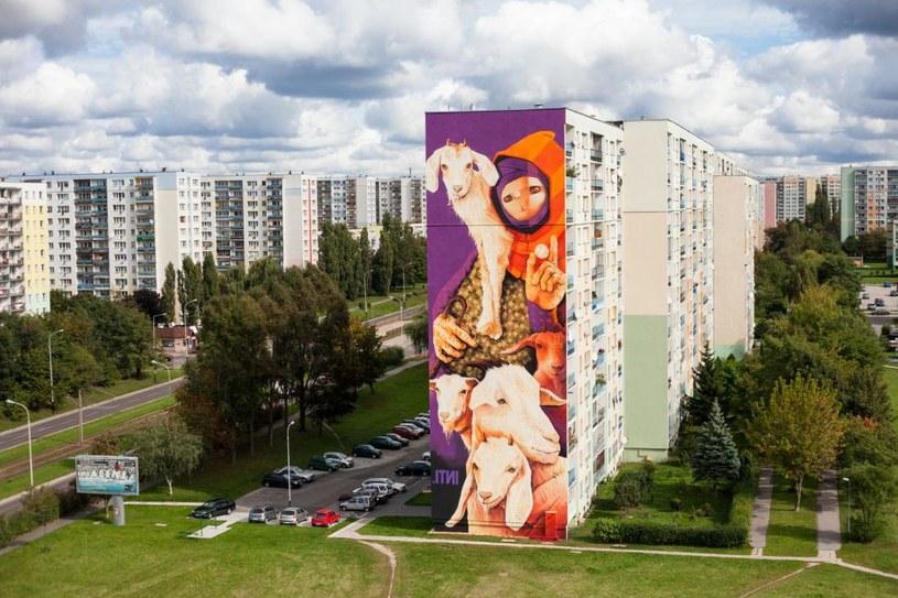 Mural przy al. Wyszyńskiego 80, blok 267 (os. Retkinia) /Urban Forms