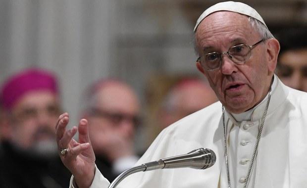 """""""Murarz przebudowujący mały kościółek"""". Pięć lat temu Franciszek został papieżem"""