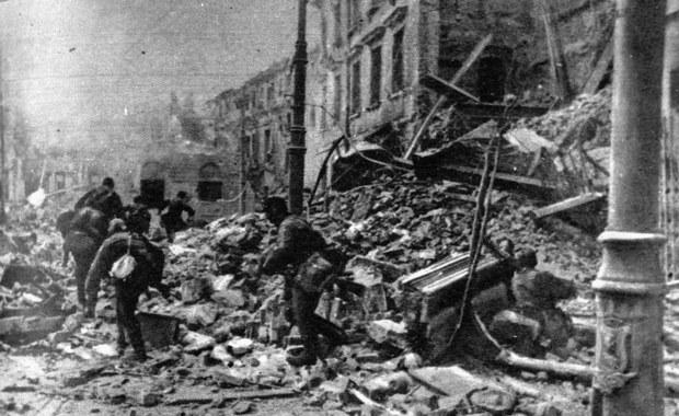Muzułmańscy Azerowie przeciwko Powstaniu Warszawskiemu