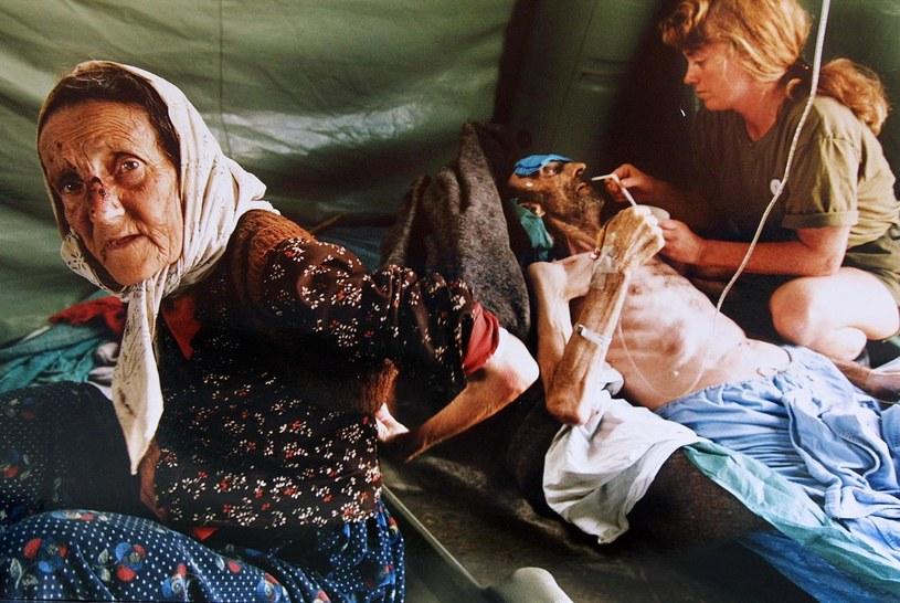 Muzułmańskie małżeństwo ze Srebrenicy, uratowane przez oddziały ONZ /AFP /East News