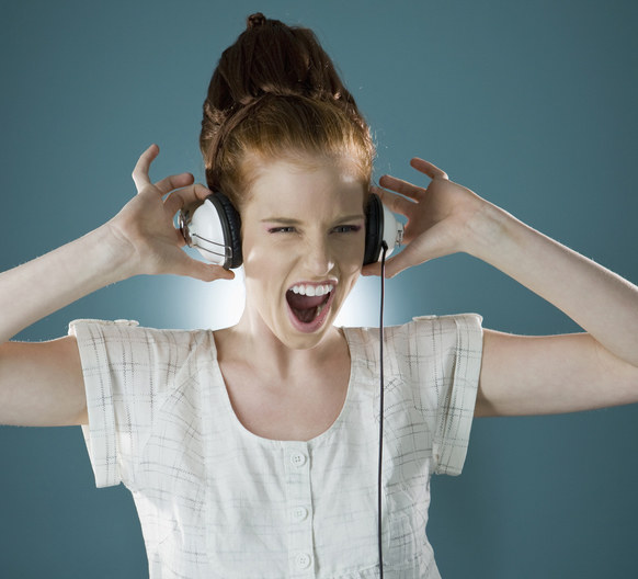 Muzyka dostarczy ci pozytywnej energii /© Photogenica