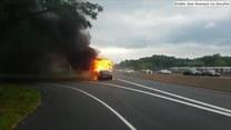 Na autostradzie w Virginii spłonął autokar. Jego przyczyny nie są znane