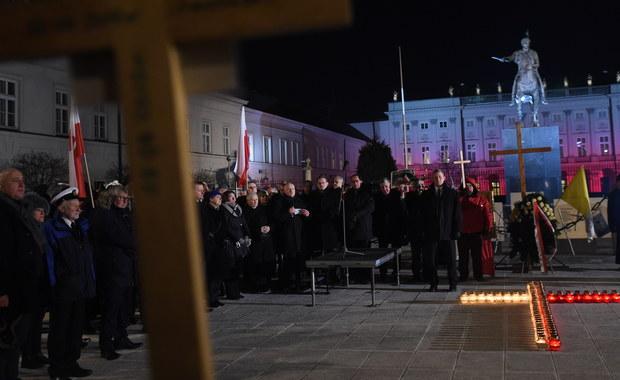 Na budowę pomników smoleńskich zebrano dotąd ponad 700 tys. zł