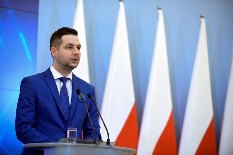 Na czele komisji weryfikacyjnej stanął Patryk Jaki /Marcin Obara /PAP