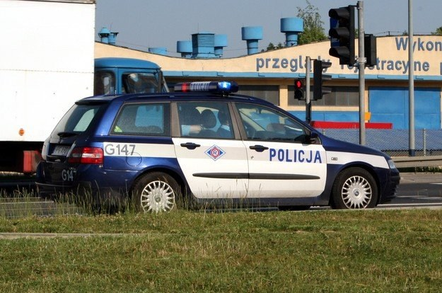 Na drogach natrafimy na wzmożone kontrole policji /INTERIA.PL