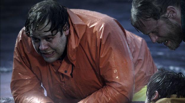 """""""Na głębinie"""" opowiada prawdziwą historię zatonięcia islandzkiego kutra. /materiały dystrybutora"""