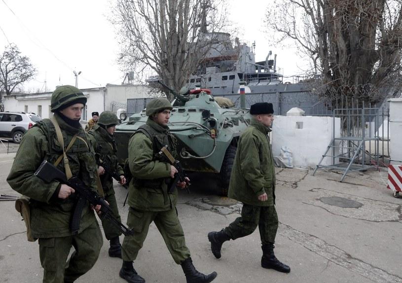 Na Krymie jest około 6 tys. żołnierzy rosyjskiej armii i marynarki wojennej /PAP/EPA