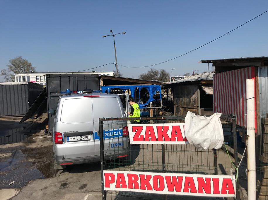 Na miejscu wciąż pracują służby /Krzysztof Kot /RMF FM