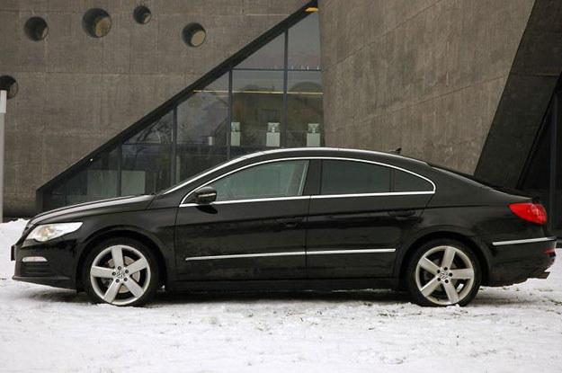Na największym, niemieckim rynku pięć pierwszych miejsc na liście najchętniej kupowanych w ubiegłym roku modeli aut zajmują trzy Volkswageny /Fot. Michał Domański /INTERIA.PL