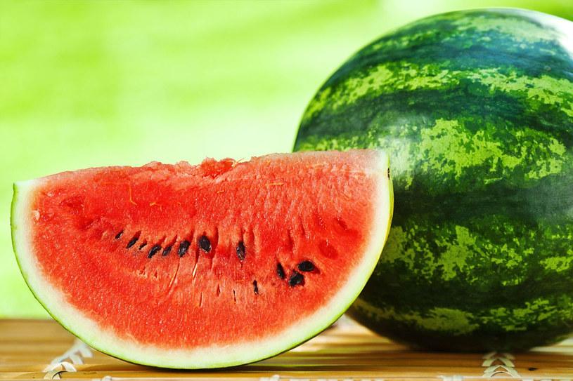 Na pewno warto jeść arbuzy, gdy się odchudzasz /©123RF/PICSEL