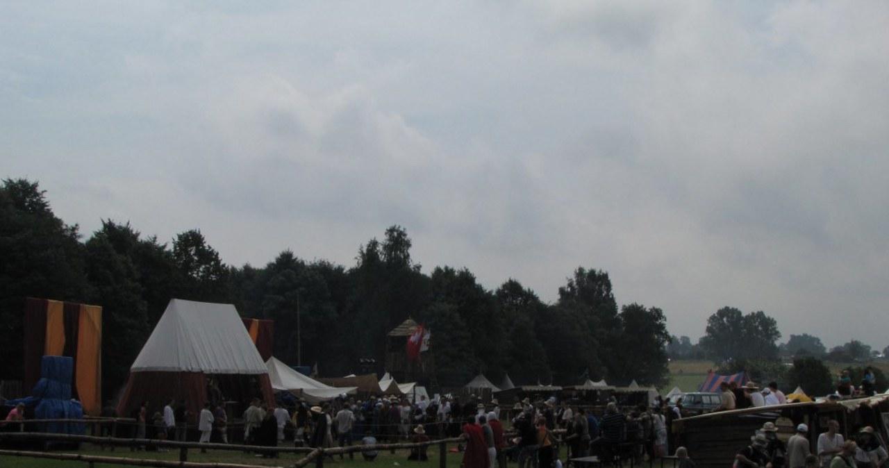 Na podgrunwaldzkie pola zjechali rycerze i turyści