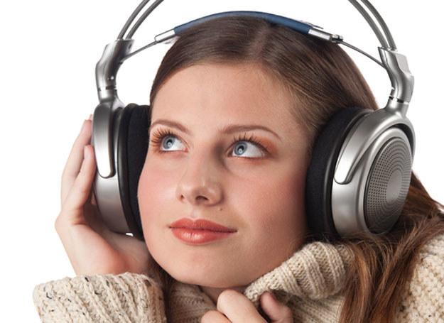 Na poprawę nastroju dobrze jest posłuchać muzyki  /© Panthermedia