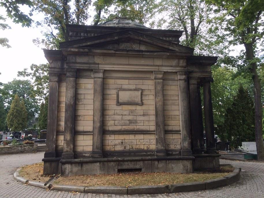 Na razie nie wiadomo, dlaczego mężczyźni weszli do grobowca /Bartek Paulus /RMF FM