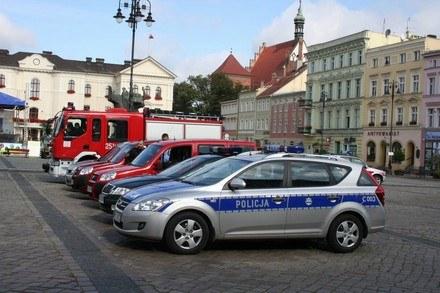 Na rynku /Policja