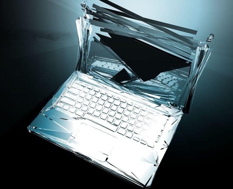 Na szczycie listy gadżetów najczęściej uszkadzanych znalazły się laptopy, smartfony i aparaty fotograficzne. /123RF/PICSEL