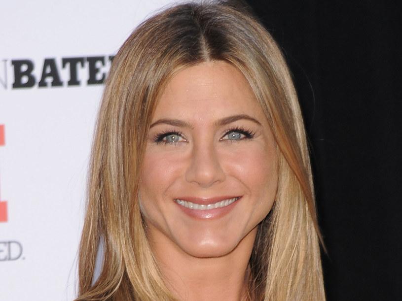 Na twarzy aktorki znów zagościł uśmiech  /Getty Images/Flash Press Media
